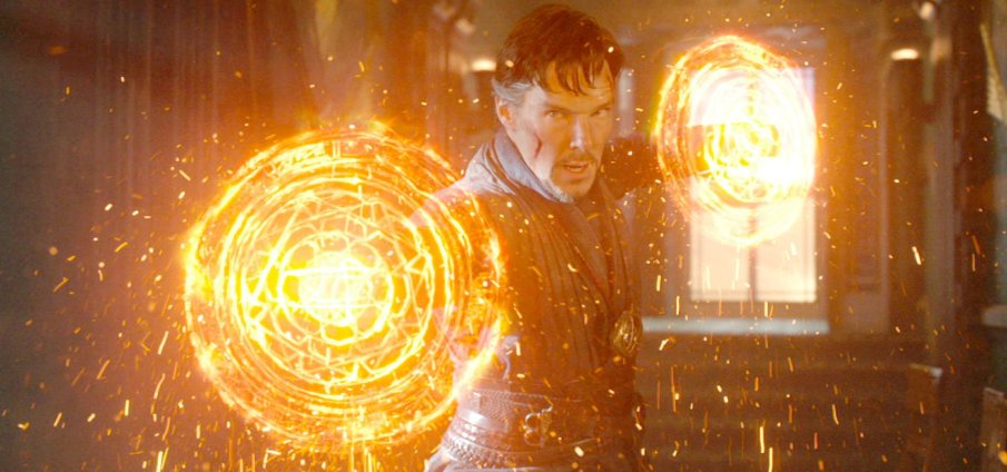 doctorstrange-benedictcumberbatch-glowingweapons